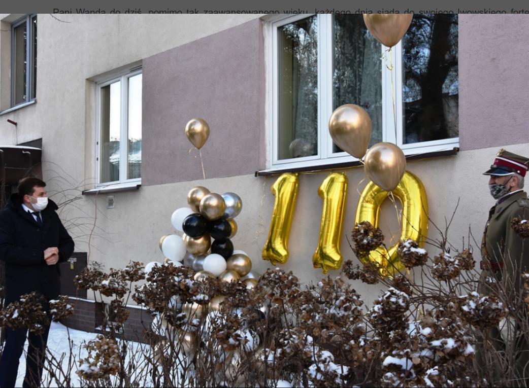 110. urodziny pod oknem jubilatki