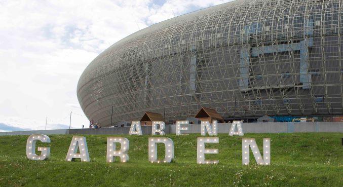 Arena Garden oblegana przez krakowian