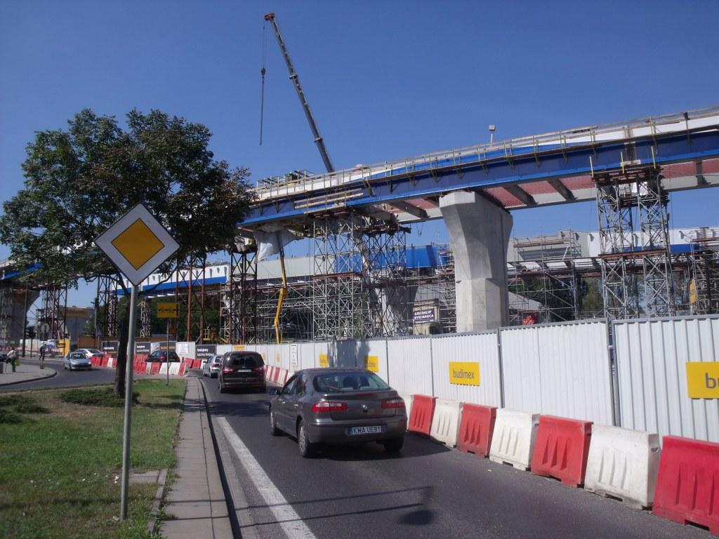1) Budowa łącznicy kolejowej Kraków Zabłocie – Kraków Krzemionki