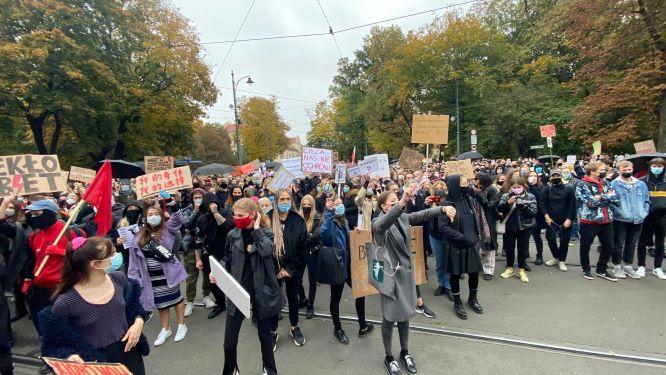 Marsz na siedzibę PiS - protest przeciwko wyrokowi TK