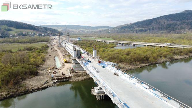 Budowa mostu w Kurowie