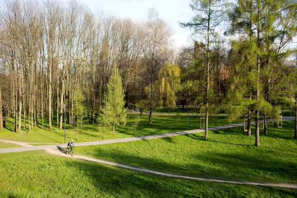 Na rower lub spacer - nad Wisłę w Krakowie