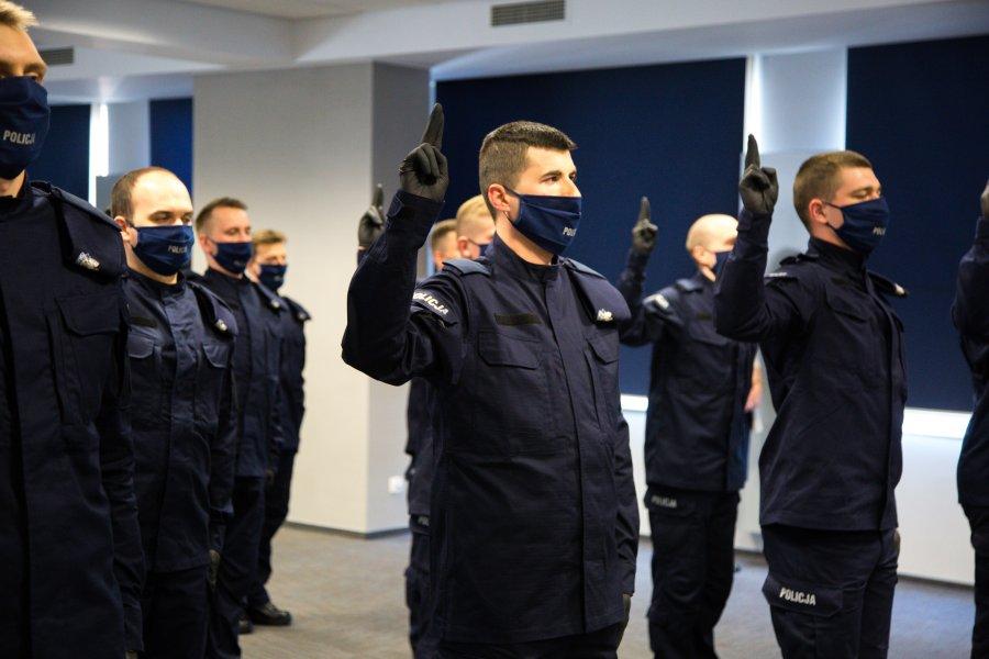 Nowi policjanci w Krakowie - ślubowanie
