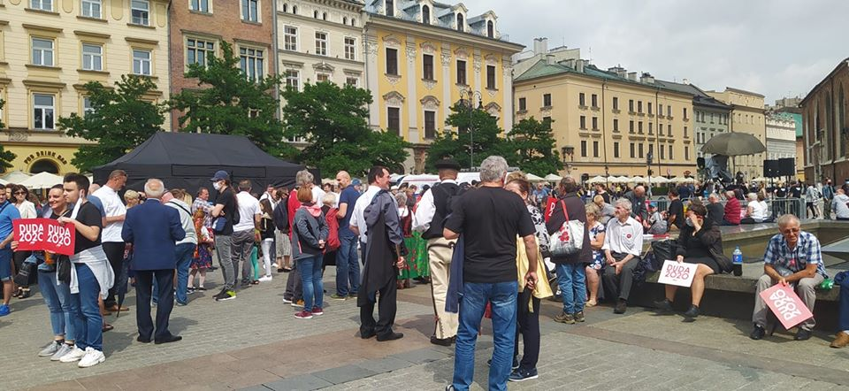 Co działo się na Rynku Głównym w Krakowie