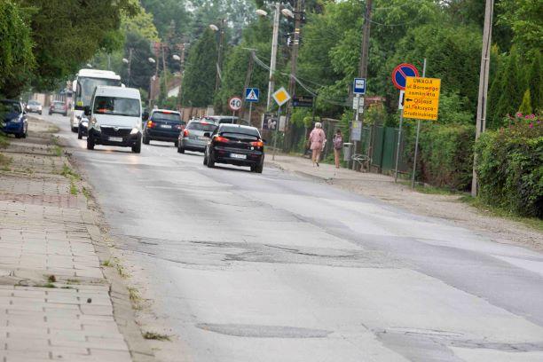 Ulica Królowej Jadwigi od dawna czeka na remont