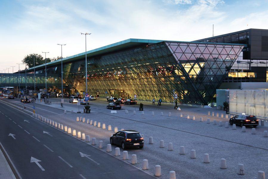 Lotnisko w Balicach gotowe na powrót pasażerów. Pierwsze loty – 1 czerwca