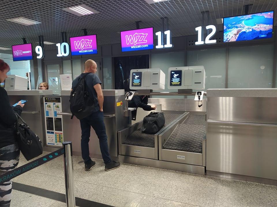 Teraz będziesz mógł samodzielnie nadać bagaż! Rewolucja na Kraków Airport! [zdjęcia]