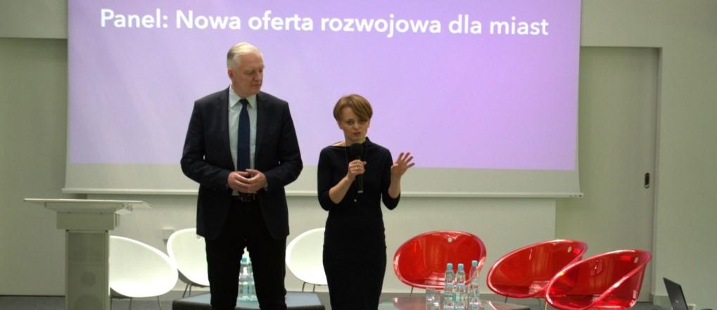 Rekonstrukcja rządu. Jadwiga Emilewicz zostawia Jarosław Gowina. Utrzyma tekę ministra?