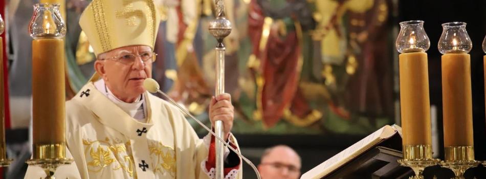 Arcybiskup Marek Jędraszewski o protestach: neomarskistowska kultura i rezygnacja z niepodległości