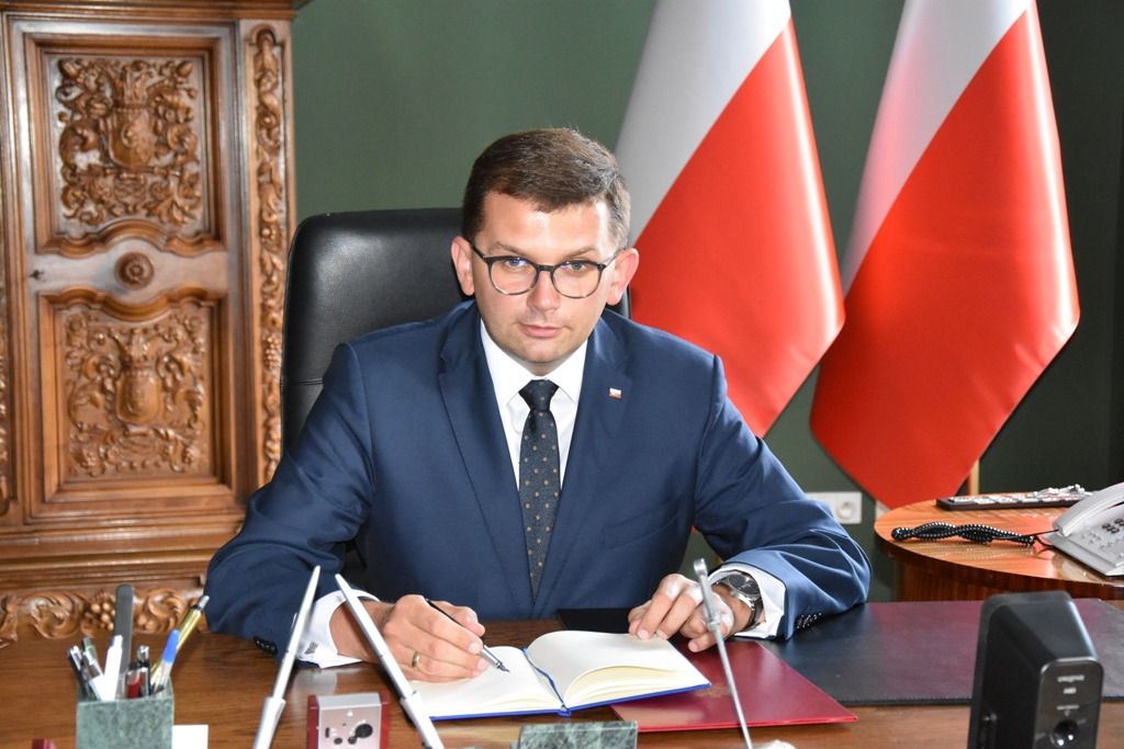Koronawirus w Małopolsce. Cztery protesty antymaseczkowców. Wojewoda ostrzega ich uczestników