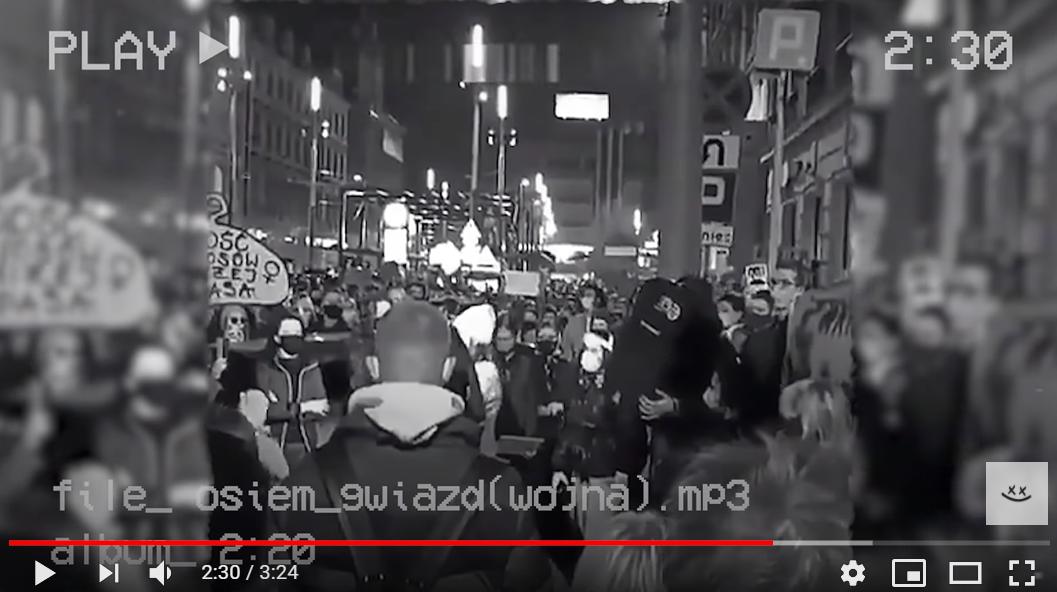 """""""To jest wojna"""". Hymn protestów przeciwko wyrokowi TK podbija internet. Stworzył go licealista"""