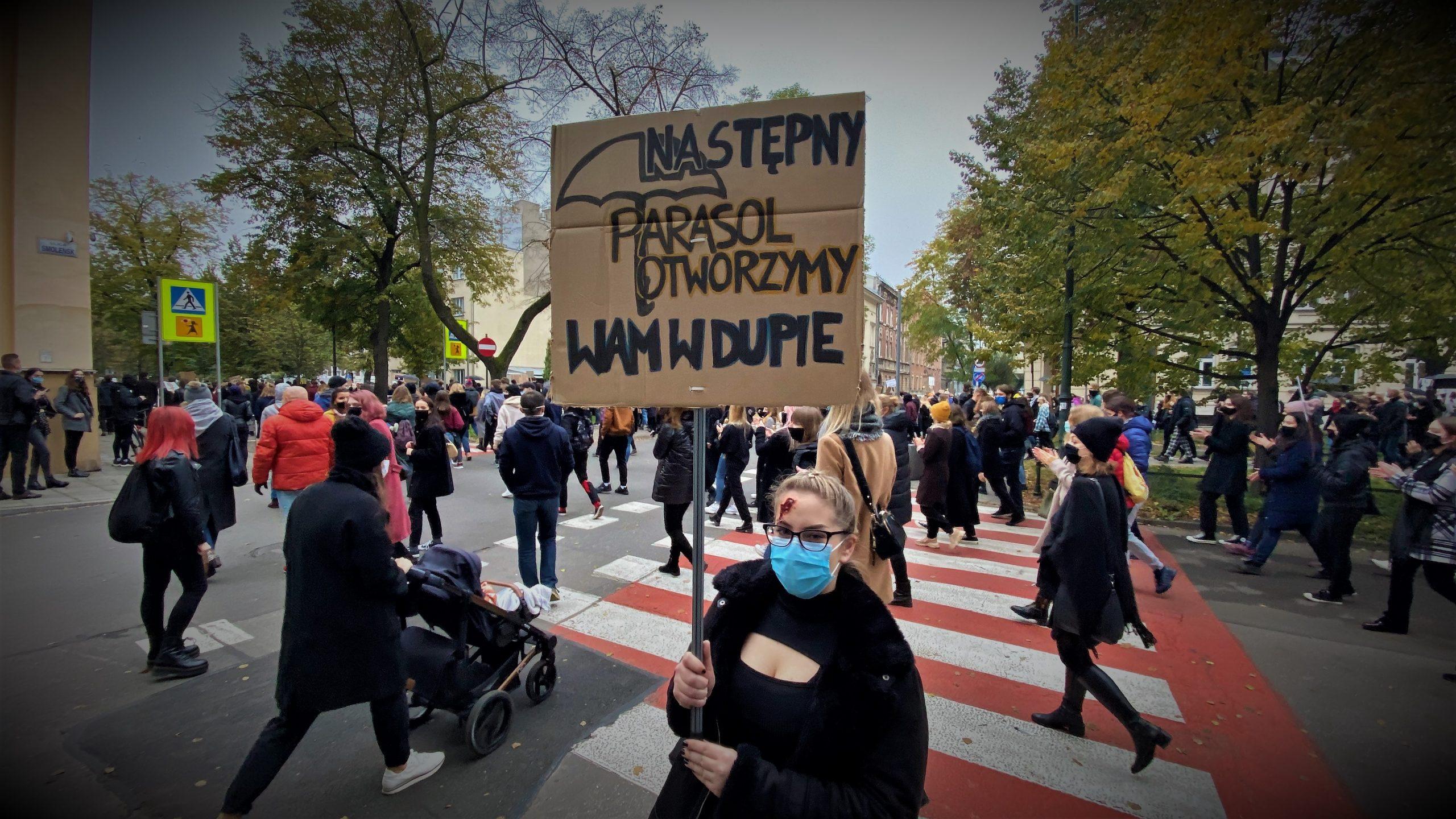 """""""To jest wojna"""". W piątek Strajk Kobiet jedzie na Podhale, w sobotę znowu protest w Krakowie"""