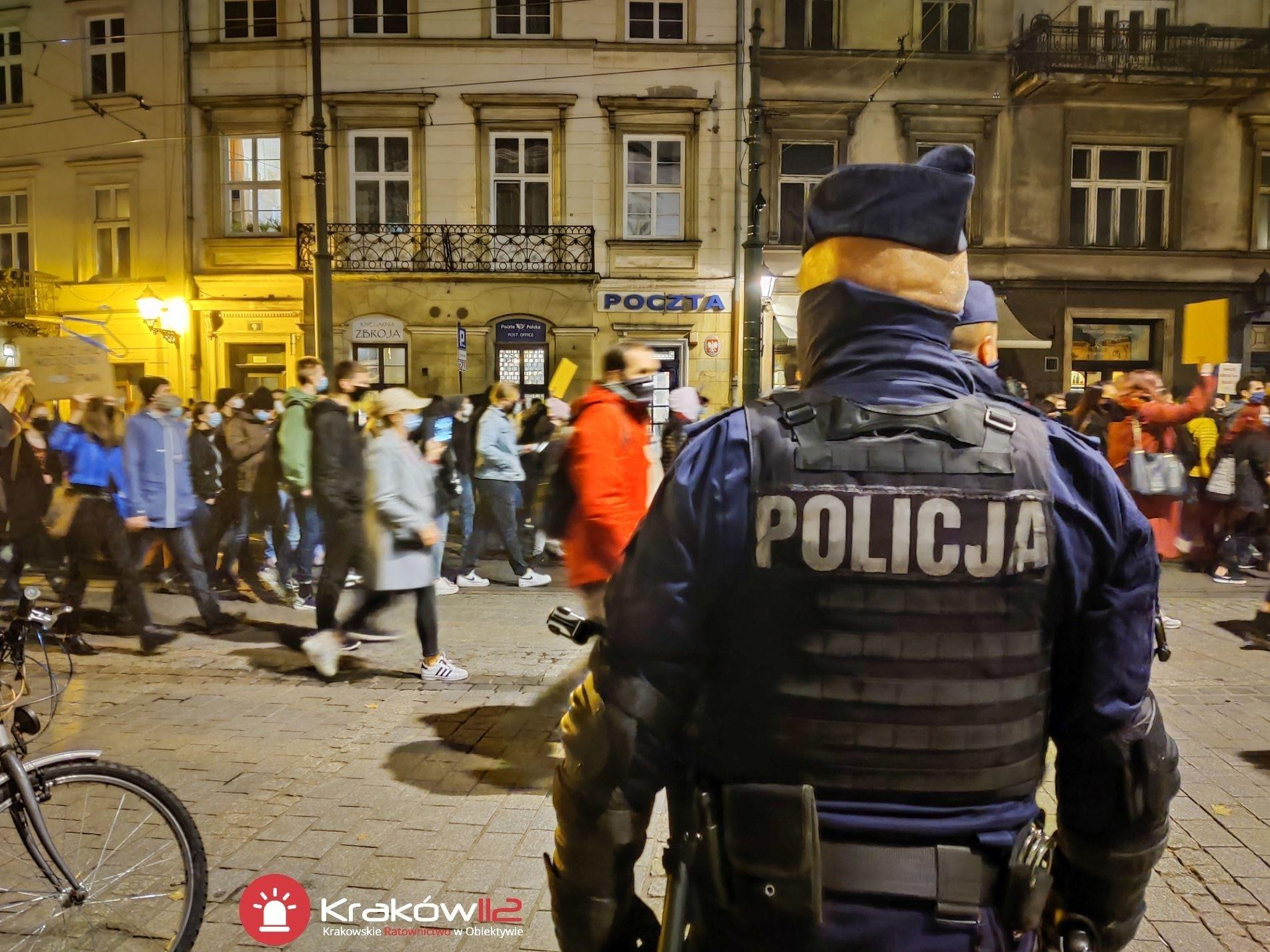 Jak policja będzie karać za wyjście w Sylwestra? Indywidualnie