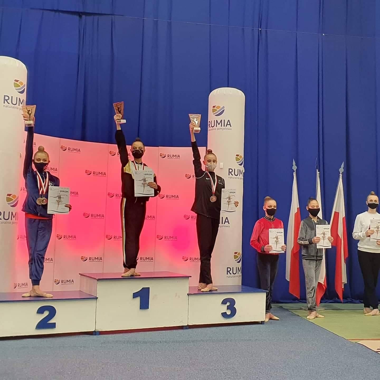 Duży sukces zawodniczki SGA Kraków! Zdominowała mistrzostwa Polski juniorek w gimnastyce artystycznej