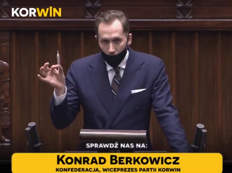 Skandal w Sejmie! Poseł z Krakowa przemawiał z jointem w ręce [video]